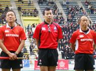 レフリーは日中さん、前田さん、小山さん